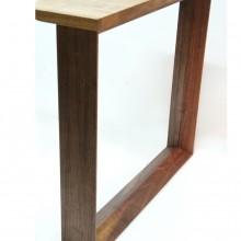 Frame-pöytä / -pöydänjalat
